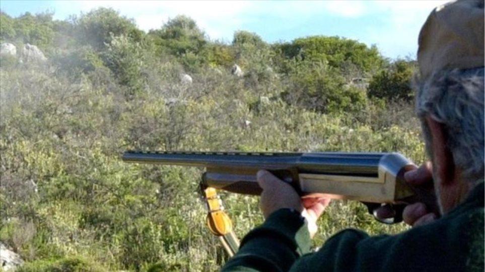 Κυνηγός τραυματίστηκε από το όπλο ξάδελφού του