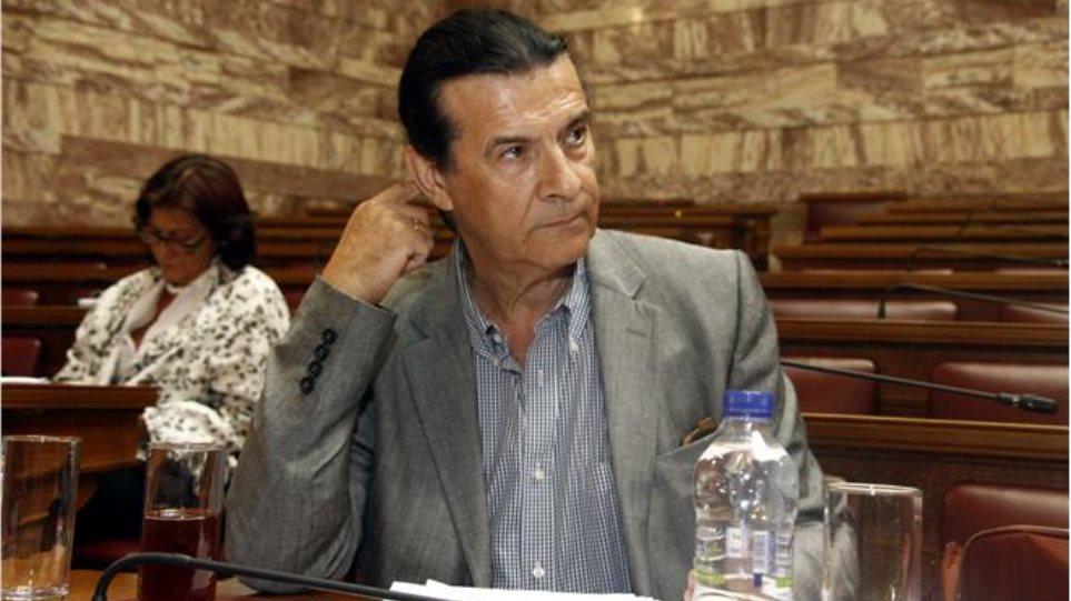 Κουράκης  O ΣΥΡΙΖΑ θα καταργήσει τις παρελάσεις όταν γίνει κυβέρνηση 7266f22e430
