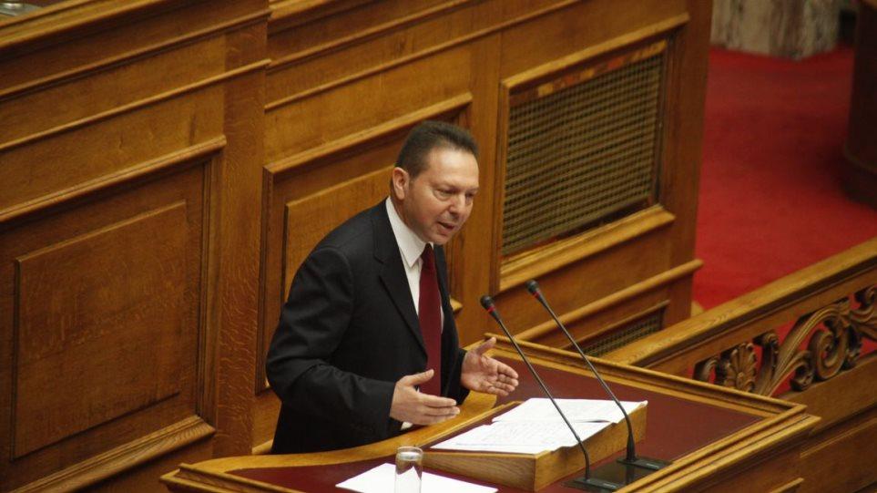 Ο Στουρνάρας απαντά σε Τσίπρα-Παπαρήγα για τον ενιαίο φόρο ακινήτων