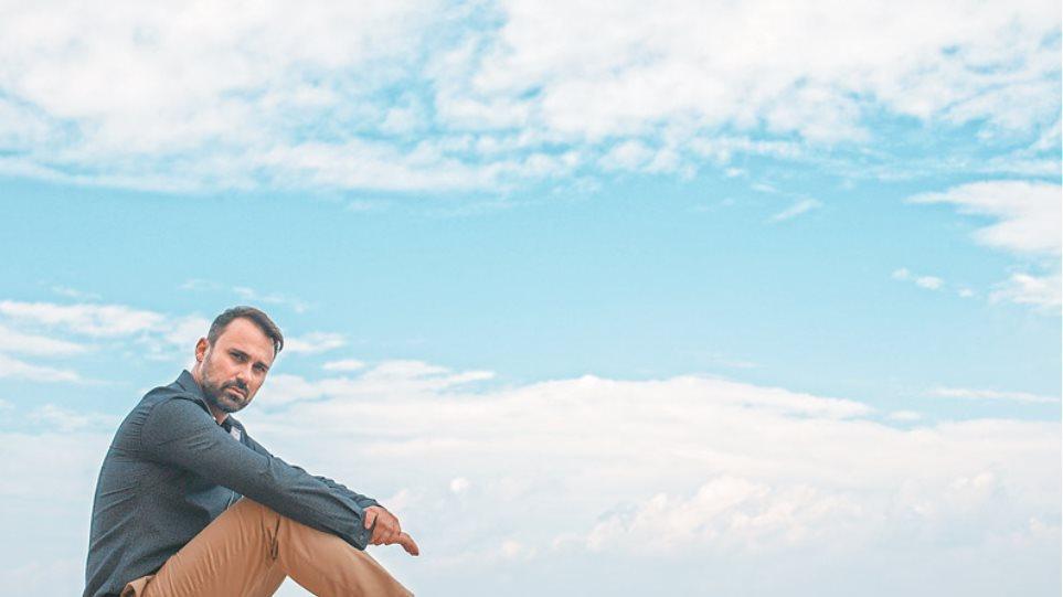 Γιώργος Καπουτζίδης:«Αν ξεκινούσα τη ζωή μου από την αρχή,θα είχα ασχοληθεί με τον στίβο»