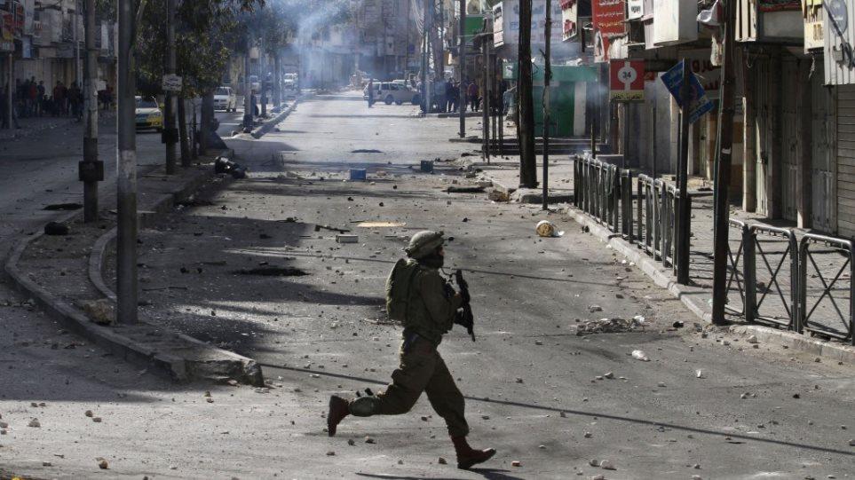 Ένας Παλαιστίνιος σκοτώθηκε από τον ισραηλινό στρατό στη Δυτική Όχθη