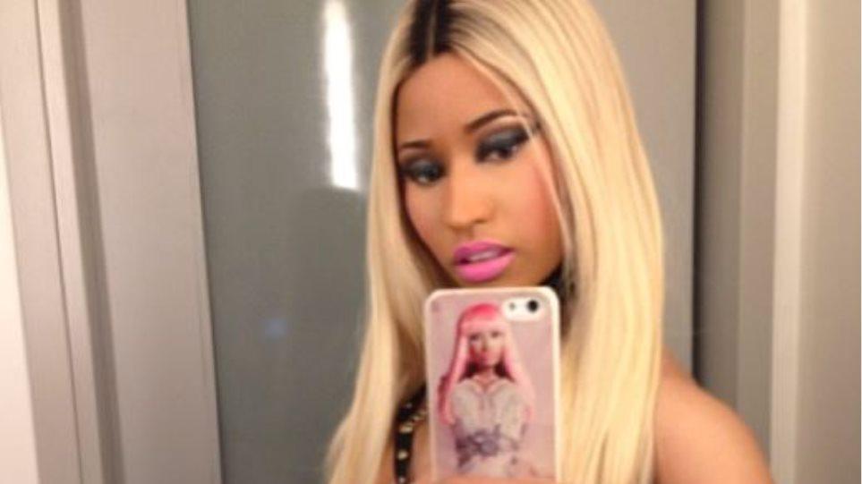 Η Nicki Minaj δεν ντύθηκε αλλά... γδύθηκε για το Halloween