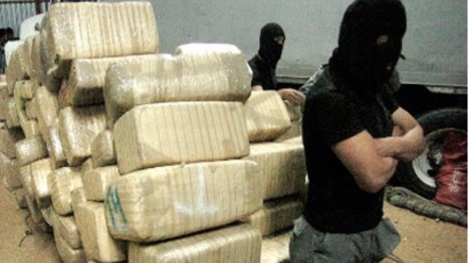 Ναύπακτος: Μπλόκο σε 1,2 τόνους χασίς από τη Διώξη Ναρκωτικών