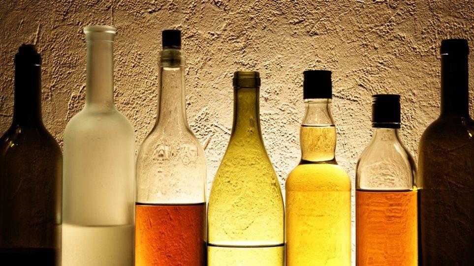 Στο στόχαστρο του υπουργείου Οικονομικών η λαθρεμπορία ποτών