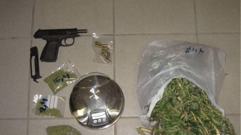 Ζευγάρι συνελήφθη με ναρκωτικά και όπλα