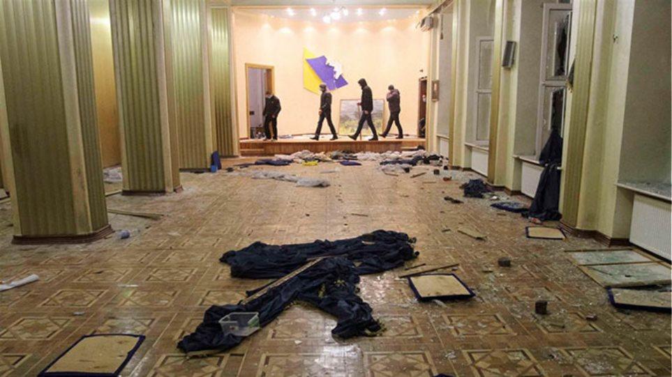 Αιματηρές ταραχές και στην δεύτερη μεγαλύτερη πόλη της Ουκρανίας