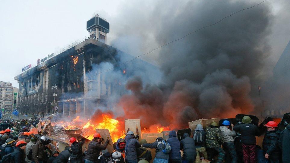 Στέλνει εκπρόσωπο στο Κίεβο ο Πούτιν για τις διαπραγματεύσεις