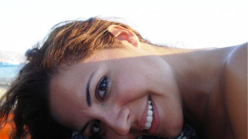 Μαρία Φιλιππαίου: Η μαμά που ντύνει τα παιδιά μας μαγικά!