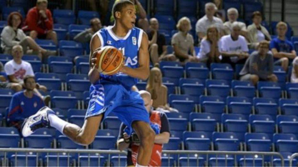 Αντετοκούνμπο: Θέλω να παίξω με την Εθνική στο Μουντομπάσκετ