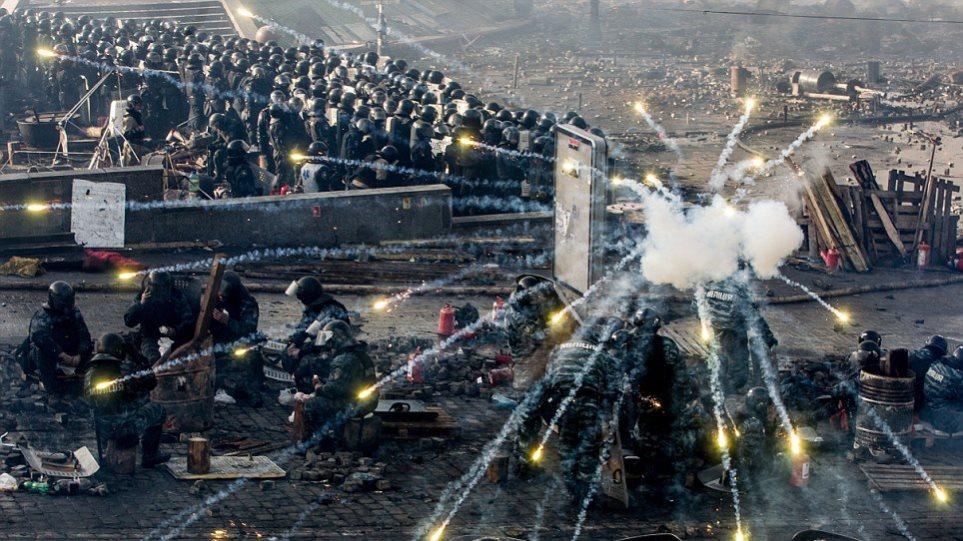 Ουκρανία: Όταν η ιστορία γράφεται μπροστά στο φωτογραφικό φακό...