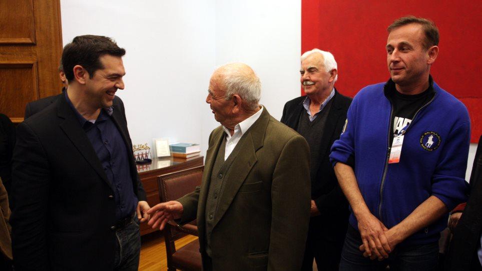Κάλεσμα στήριξης κυβέρνησης της Αριστέρας απηύθυνε στους αγρότες ο Τσίπρας