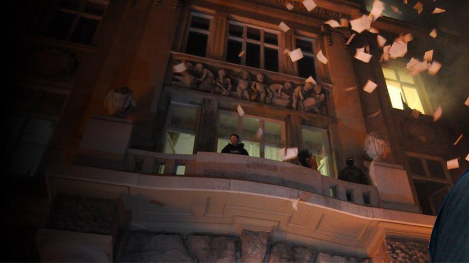 Ουκρανία: Κρύβεται ο Γιανουκόβιτς - Αποτυχημένη προσπάθεια να διαφύγει στην Ρωσία