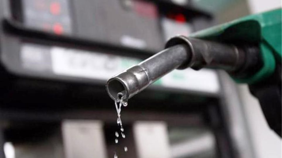 Λαθρεμπόριο καυσίμων: Ενσταση ακυρότητας από τον συνήγορο του υπαλλήλου του ΥΠΕΚΑ