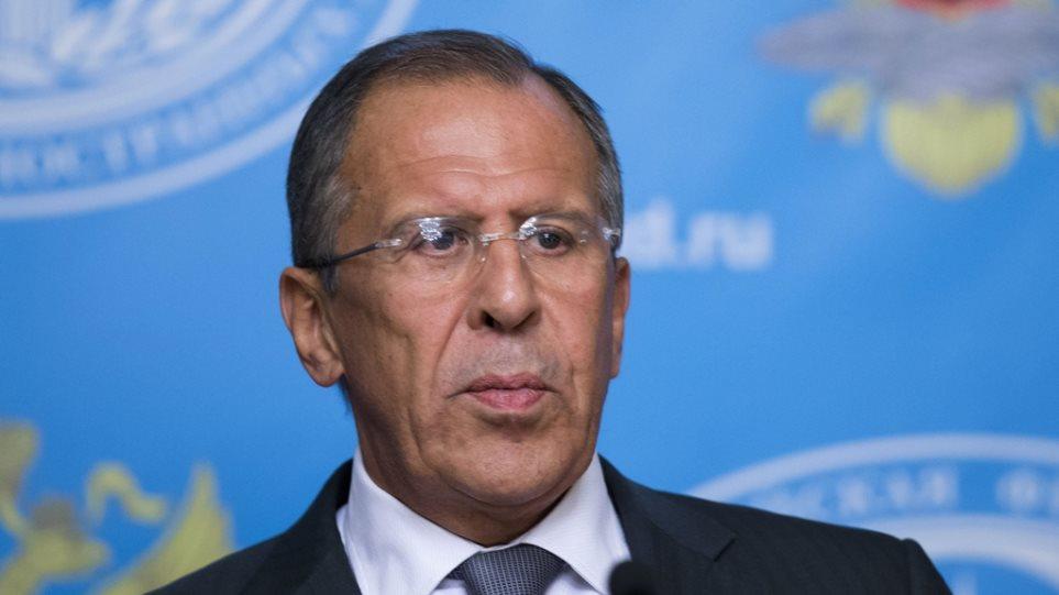 Λαβρόφ: Η αντιπολίτευση στην Ουκρανία δεν τήρησε τη συμφωνία και κατέλαβε την εξουσία