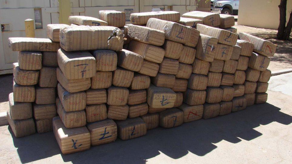 Έναν τόνο μαριχουάνας κατάσχεσαν οι αρχές κοντά στο Αργυρόκαστρο