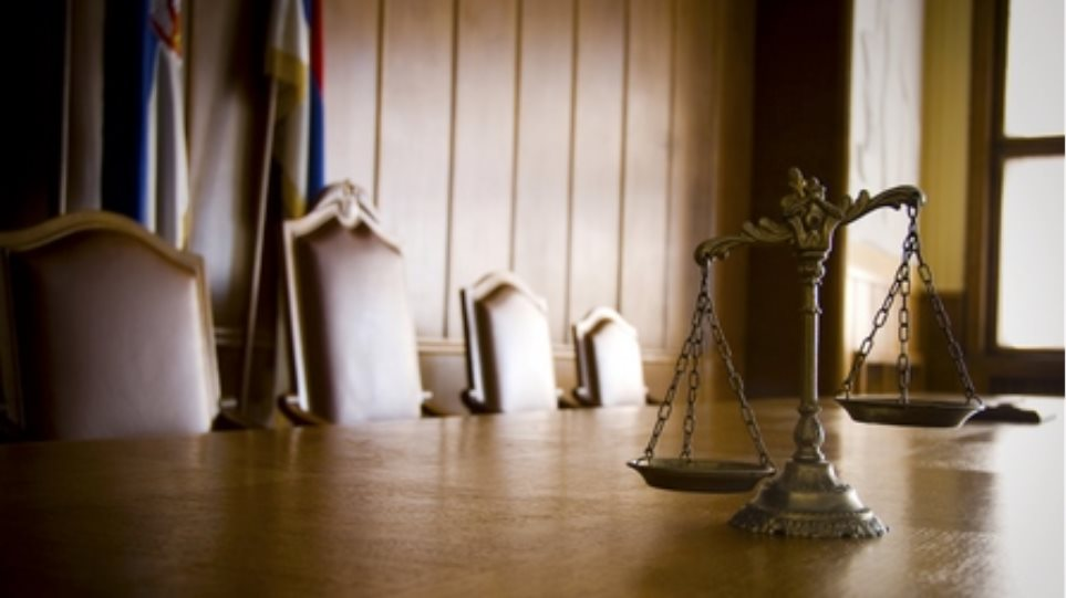 Πώς ψήφισαν οι δικηγόροι - Συνεχίζεται σήμερα η διαδικασία