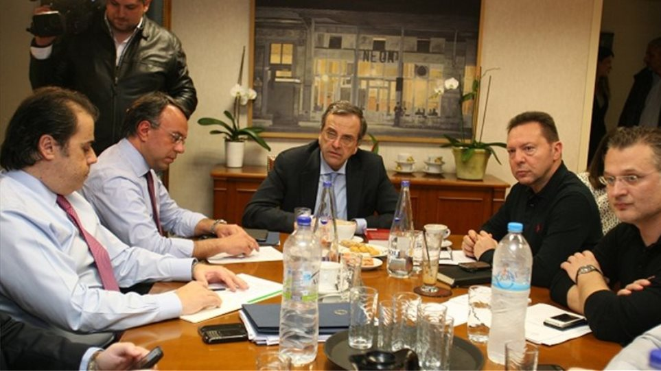 """Greek government welcomes troika with its own proposals and """"tools"""""""