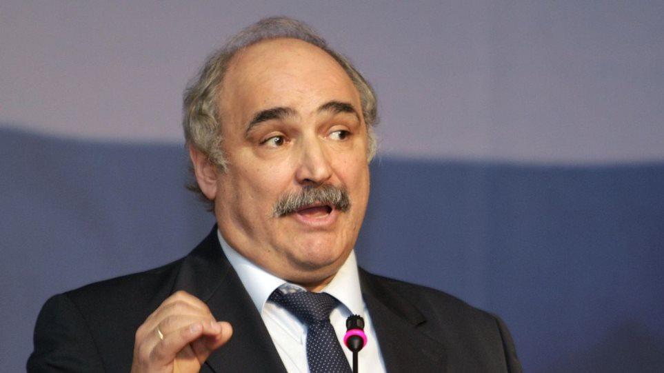 Μπόλαρης κατά Τζιτζικώστα για «υπόγειες» σχέσεις με τη ΧΑ