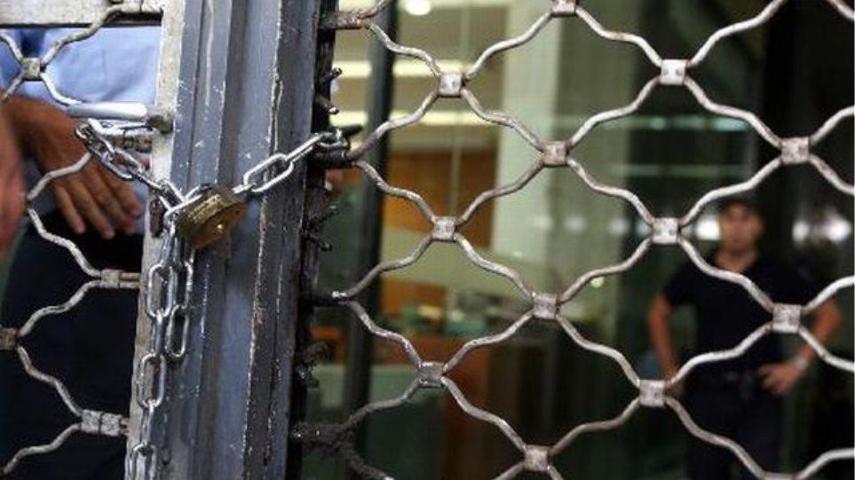 Πάνω από 260.000 επιχειρήσεις απειλούνται με χρεοκοπία