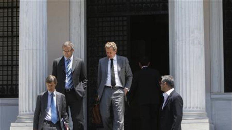 WSJ: Ελάφρυνση του χρέους για την Ελλάδα αλλά με προϋποθέσεις