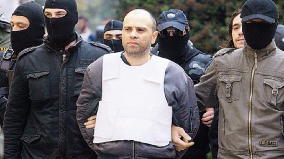 Ένταλμα για συνεργό του Μαζιώτη εξέδωσαν οι δικαστικές αρχές