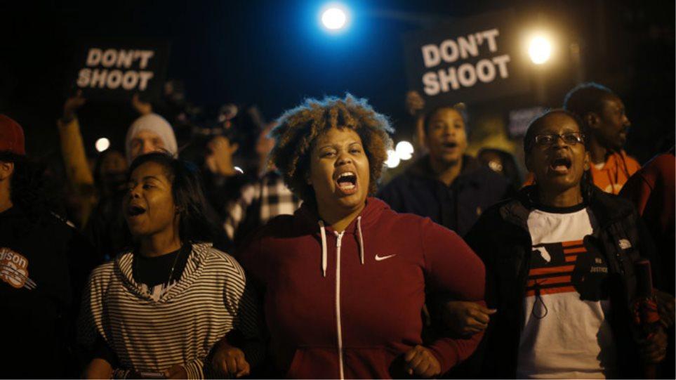 ΗΠΑ: Νέα επεισόδια στο Σεντ Λούις μετά το θάνατο 18χρονου Αφροαμερικανού
