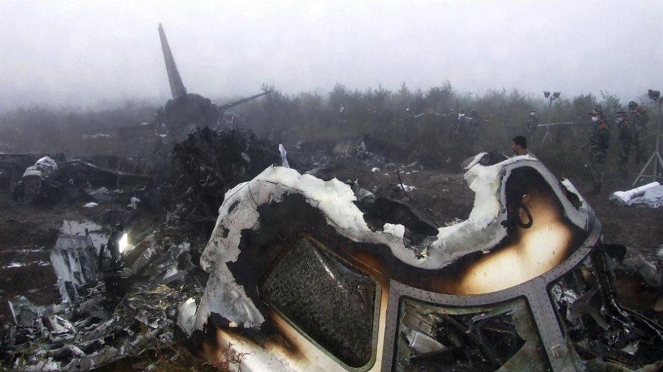 Ιράν: Επτά νεκροί σε συντριβή μικρού αεροσκάφους