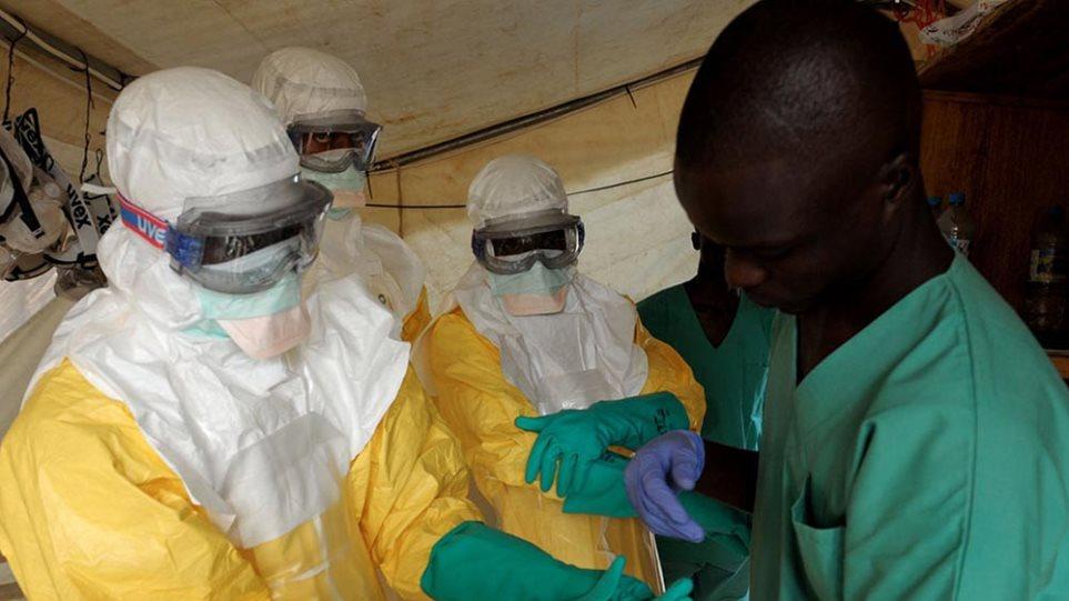 Εμπολα: Υπό παρακολούθηση και η επικεφαλής δημόσιας υγείας στο Ντάλας