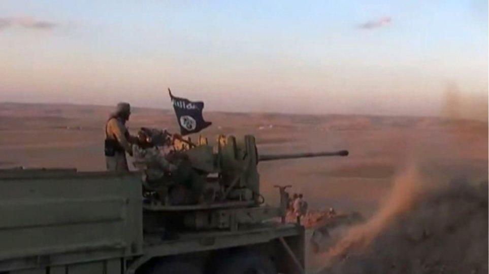 Συρία: Αποσύρονται οι τζιχαντιστές από το Κομπάνι
