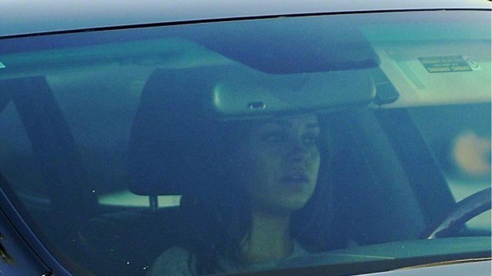 H πρώτη έξοδος της Mila Kunis μετά τη γέννηση της κόρης της