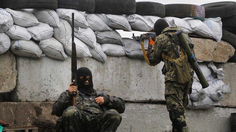 Ουκρανία: Νεκροί δύο στρατιώτες σε μάχες με φιλορώσους