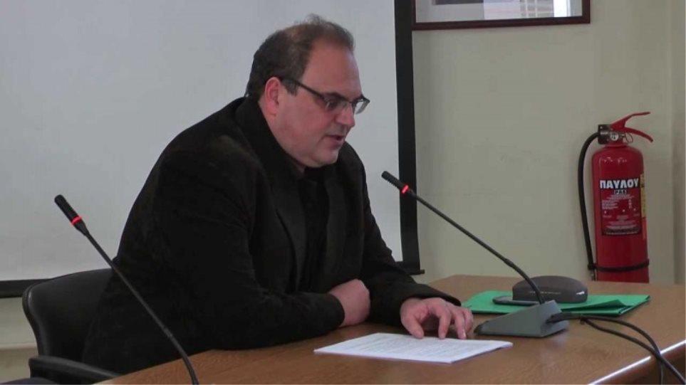 Στον εισαγγελέα ο δήμαρχος Χαλανδρίου για την αξιολόγηση υπαλλήλων