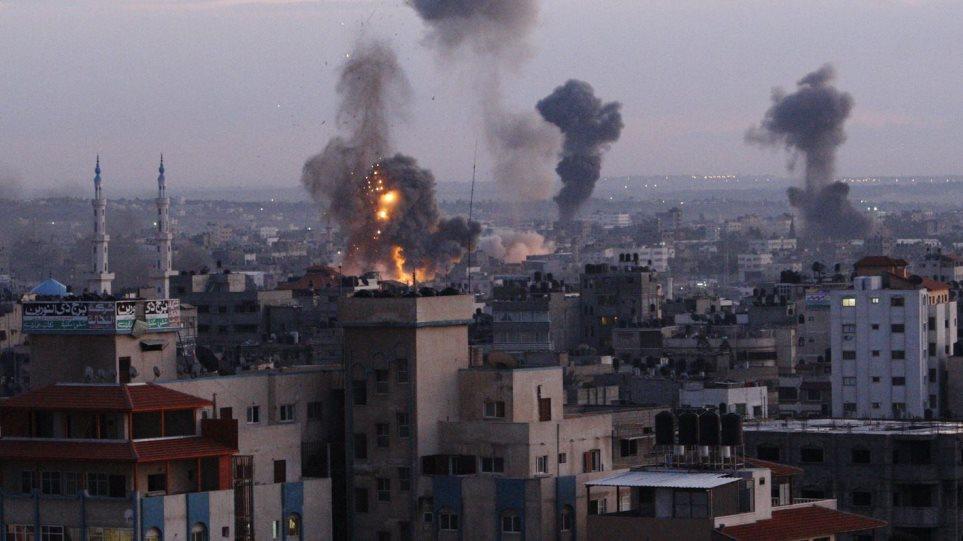 Συρία: Δέκα άμαχοι μεταξύ των νεκρών από τους βομβαρδισμούς κατά των τζιχαντιστών