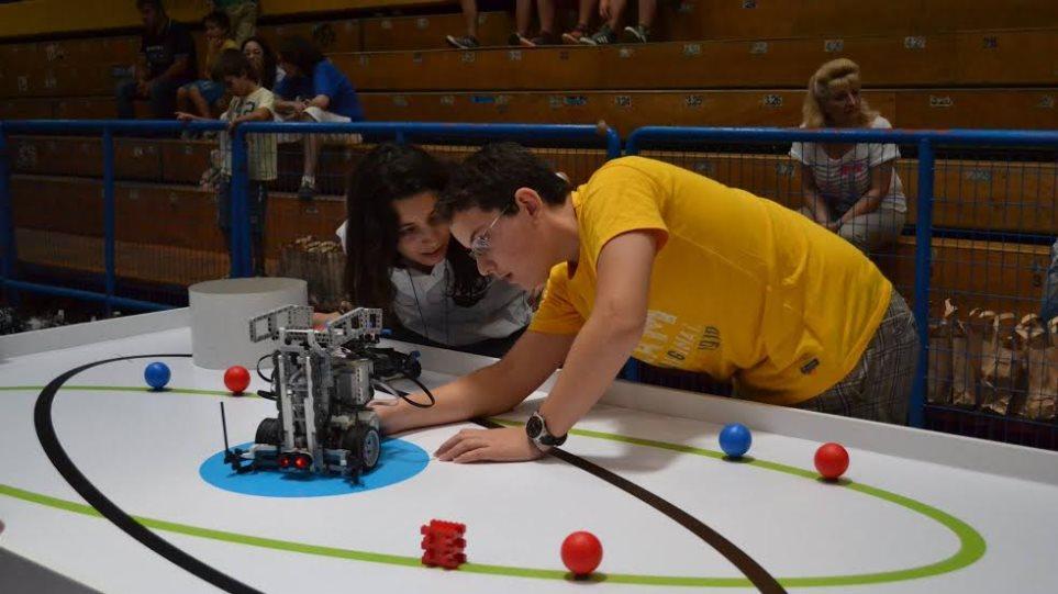 Πανελλήνιος διαγωνισμός εκπαιδευτικής ρομποτικής για παιδιά Δημοτικού