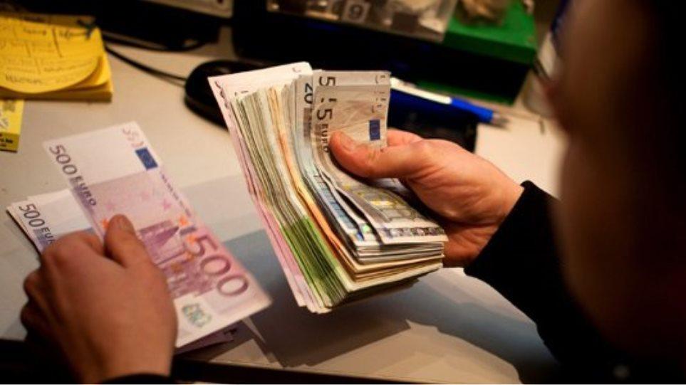 Βρέθηκαν τα χρήματα για 31.000 εφάπαξ
