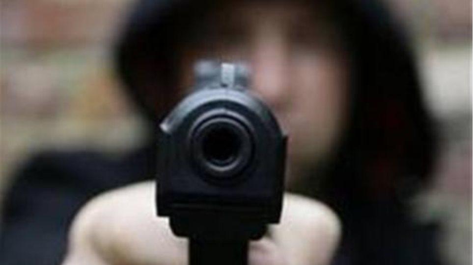 Λαμία: Κινηματογραφική ληστεία σε σπίτι επιχειρηματία