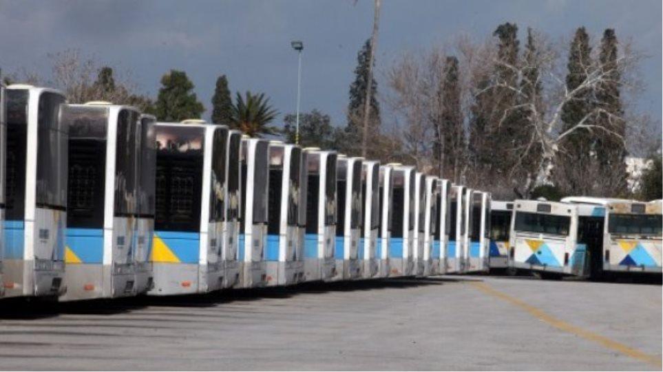 Απάτη εκατομμυρίων για λάστιχα με πλαστά δικαιολογητικά σε λεωφορεία και τρόλεϊ