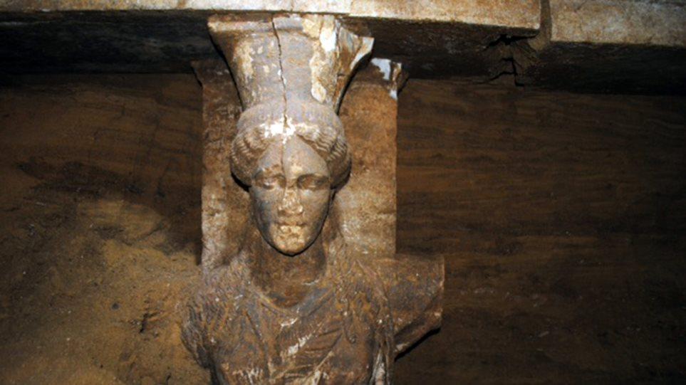 Nίκος Μπελογιάννης: Ο τάφος της Αμφίπολης είχε πληγεί από τσουνάμι
