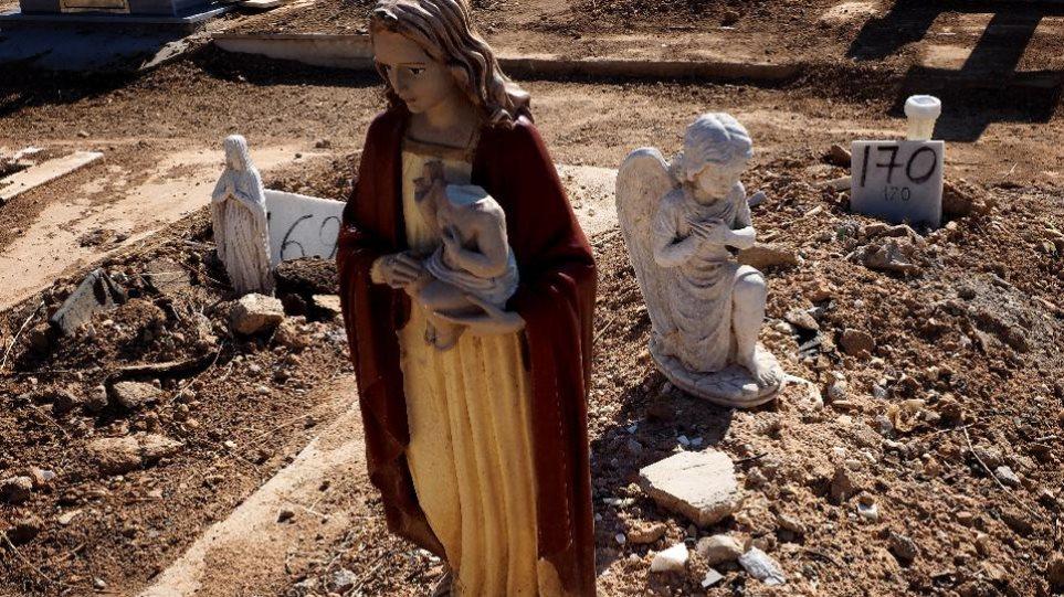 Νεκροί στα αζήτητα επειδή οι συγγενείς δεν έχουν χρήματα για την ταφή τους...