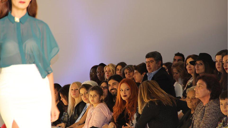 Διάσημες αλλά και εκκεντρικές παρουσίες στο ελληνικό fashion week