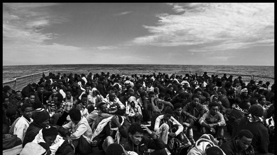 Κατά των επιχειρήσεων διάσωσης μεταναστών στη Μεσόγειο η Βρετανία
