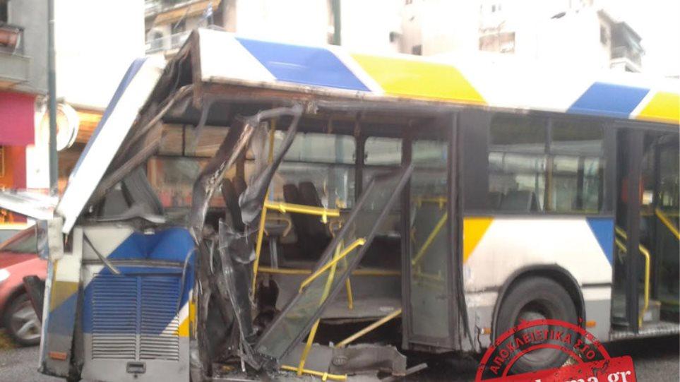 Σύγκρουση λεωφορείου με τρόλεϊ στην Πατησίων