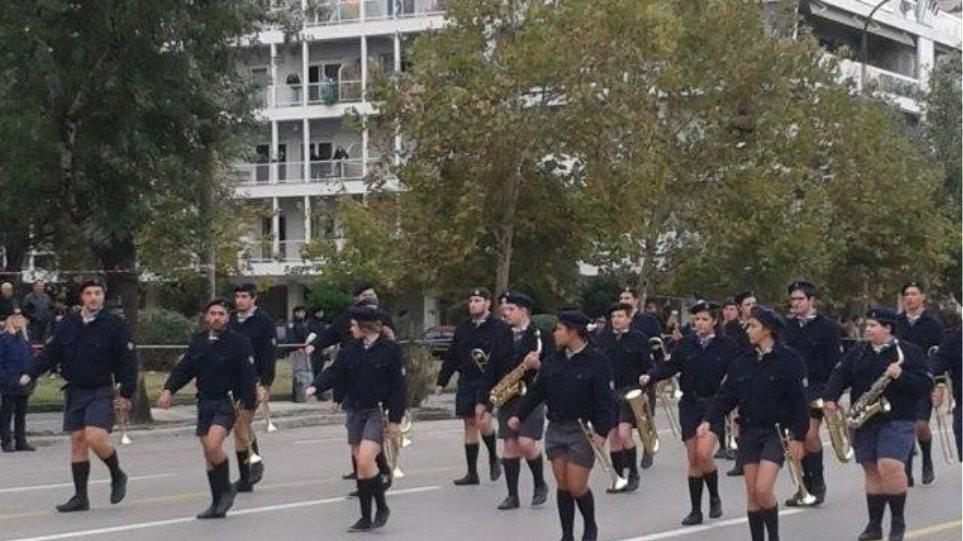 AGB: Η παρέλαση κέρδισε τα πρωινάδικα
