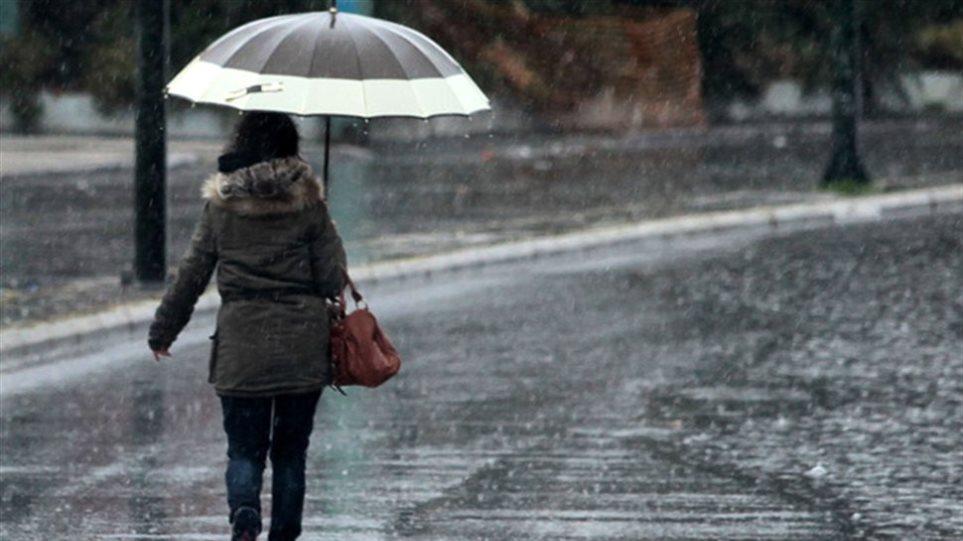 Βροχές και καταιγίδες την Τετάρτη σε όλη τη χώρα
