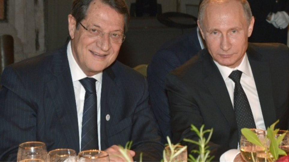 Ανοιχτή πρόσκληση Πούτιν στον Αναστασιάδη να επισκεφθεί τη Μόσχα