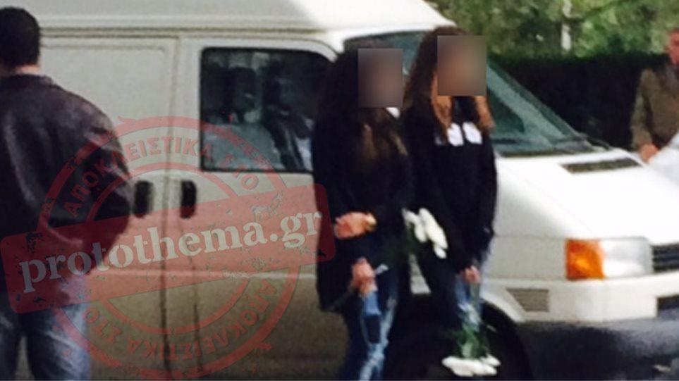 Θεσσαλονίκη: Βουβός πόνος στην κηδεία του 13χρονου Θοδωρή