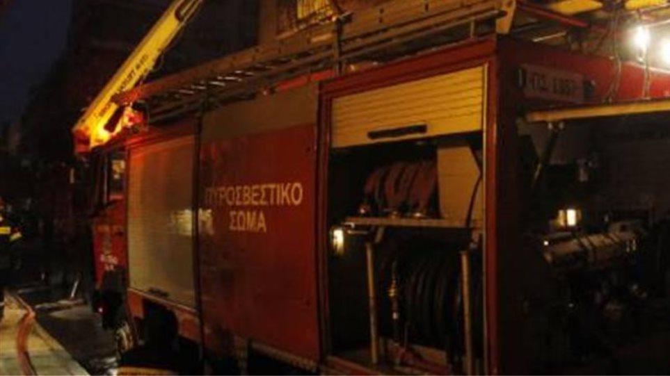 Ένας νεκρός από πυρκαγιά σε διαμέρισμα στον Κεραμεικό