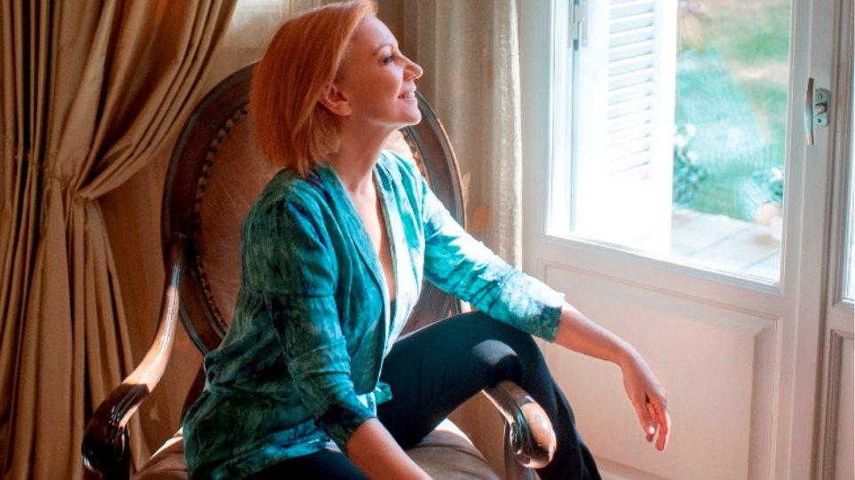 Πέμη Ζούνη: «Εύχομαι η κόρη μου να μείνει στο Λονδίνο»