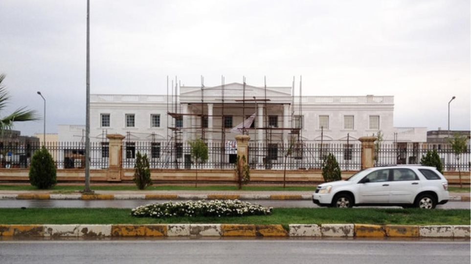 Ιράκ: Κούρδος έχτισε αντίγραφο του Λευκού Οίκου στο Ερμπίλ