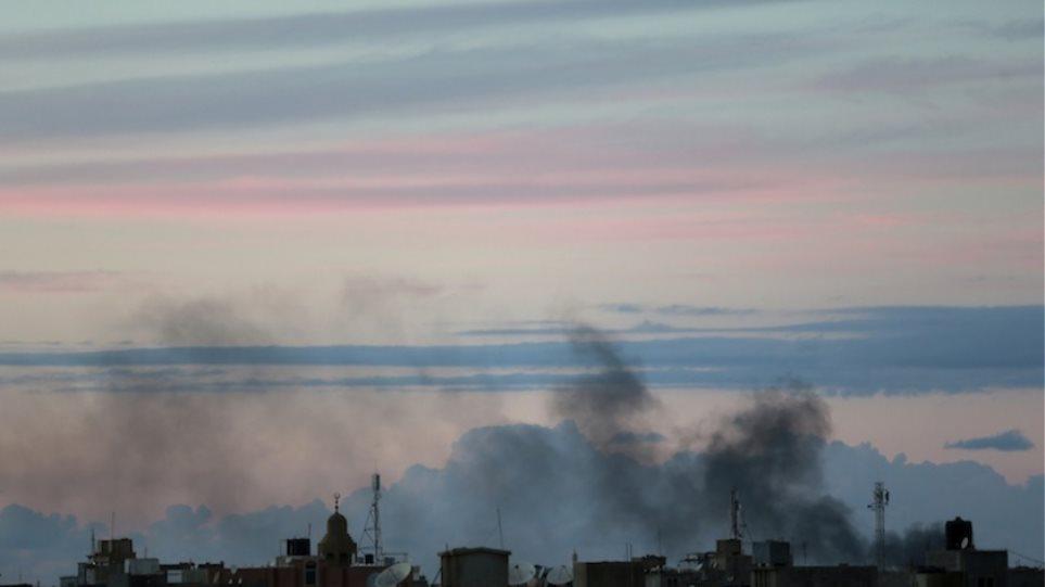 Λιβύη: Ο στρατός εκκενώνει την περιοχή του λιμανιού της Βεγγάζης